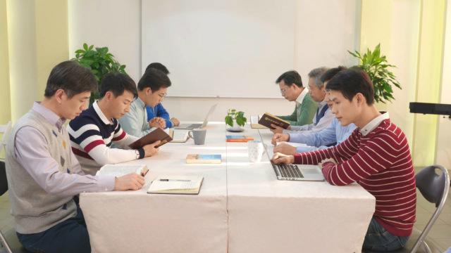 Hoe zullen de mensen Gods oordeel en tuchtiging meemaken om gered te worden?