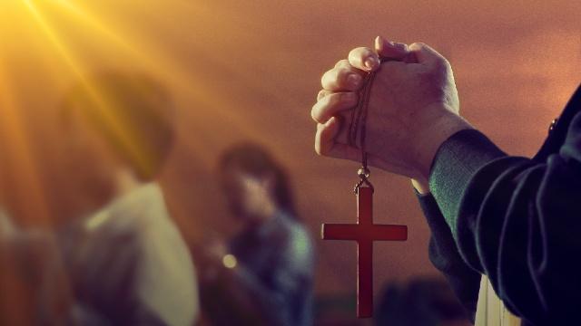 """Gaan we in het hemelse koninkrijk binnen als we onze """"zonden vergeven"""" zijn?"""