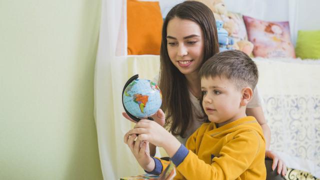 Bijbelteksten over het onderwijzen van kinderen - Kinderen helpen groeien in Christus