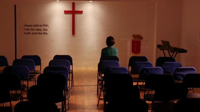 Crisis in de kerk: waarom slechte daden vaker voorkomen en het geloof van gelovigen koud is
