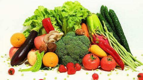 Het dagelijkse voedsel en drinken wat God voor de mensheid bereidt